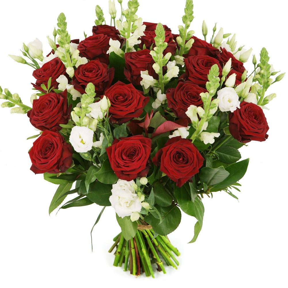Rode rozen en witte bloemen