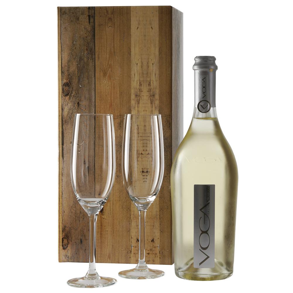 Voga sparkling prosecco en 2 champagne glazen