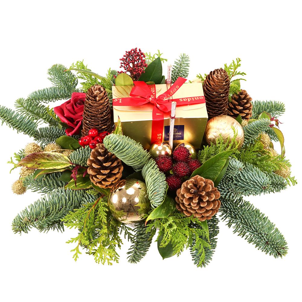 Kerststuk met Leonidas bonbons bestellen