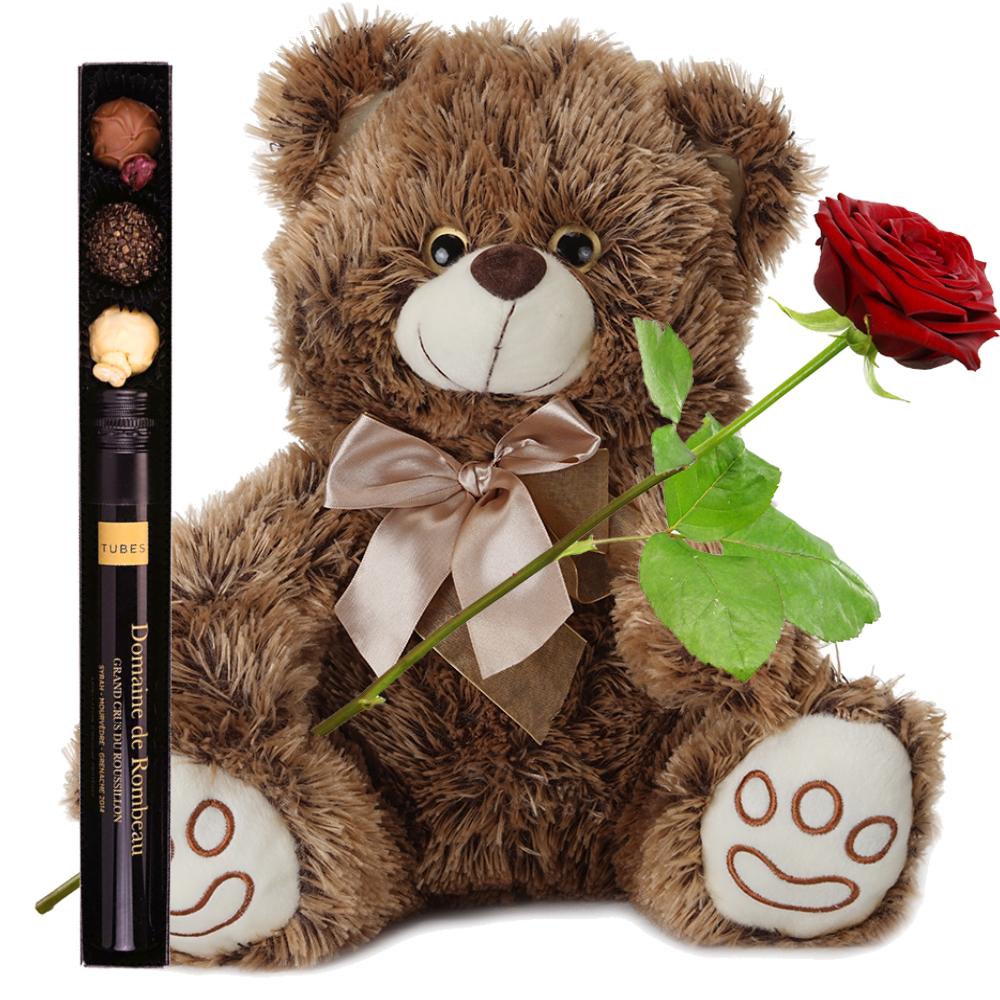 Pluche knuffelbeer en verrassend cadeau