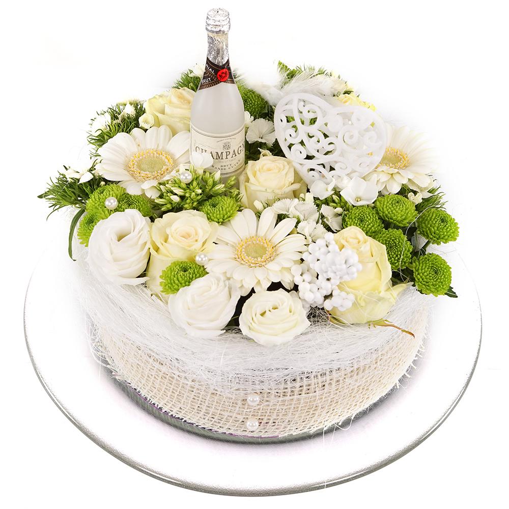 Witte huwelijks bloementaart bezorgen
