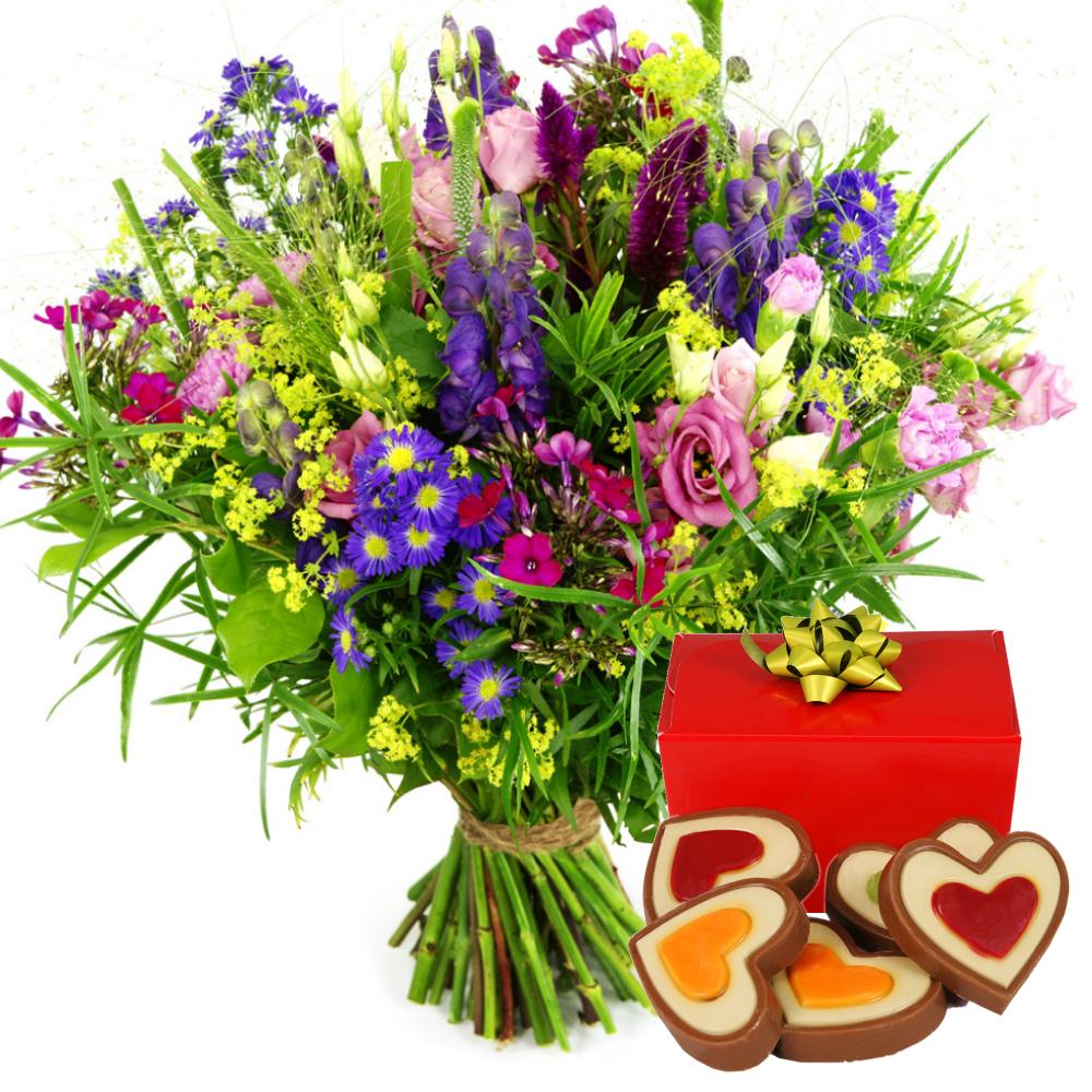 Veld geplukte bloemen en hartjes chocolade bezorgen