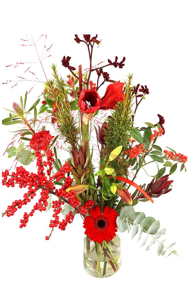 Geplukt kerstboeket rode bloemen in melkbus vaas kopen doe je bij van der Voort