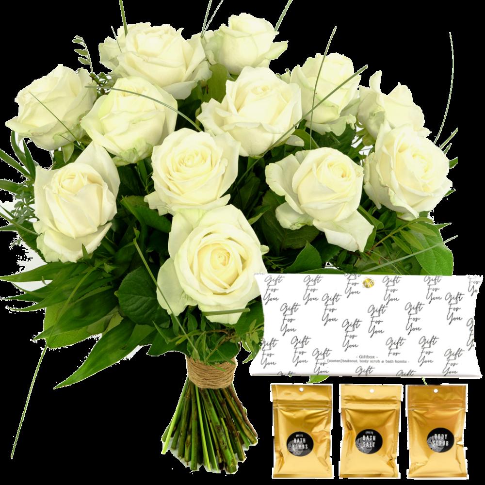 Witte rozen boeket + zeepset in giftbox